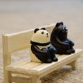 ベンチのパンダ